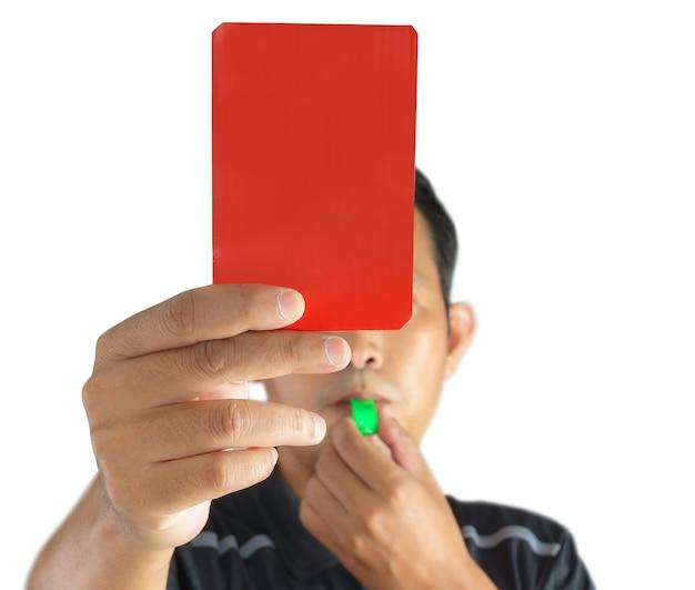 Scheidsrechter die rode kaart toont