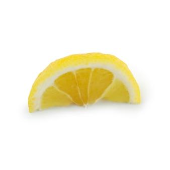 Schijfje citroen geïsoleerd op wit