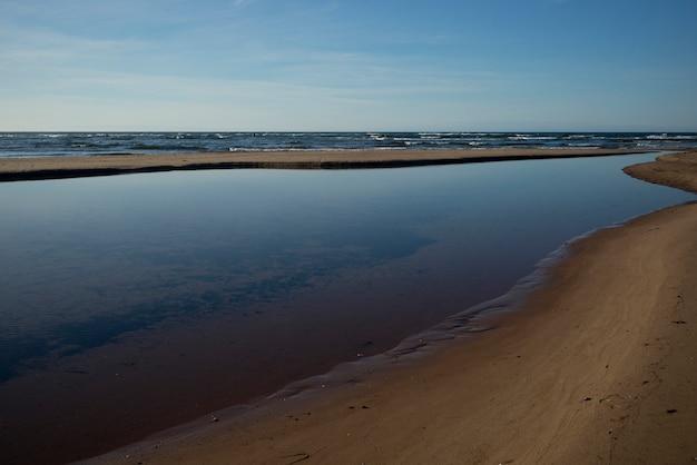 Schilderachtig uitzicht op cavendish beach, york, lot 34, cavendish, prince edward island, canada