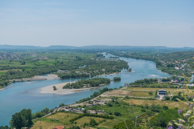 Schilderachtig uitzicht vanaf het fort van rosafa (shkoder, albanië).
