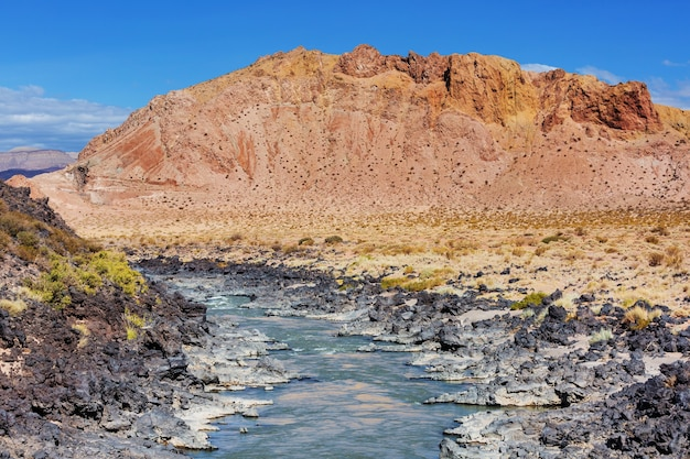 Schilderachtige landschappen van noord-argentinië. mooie inspirerende natuurlijke landschappen.