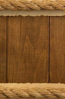 Schipkabels op houten achtergrond