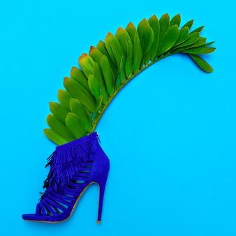 Schoenen hakken. stijlvol minimaal ontwerp. mode concept