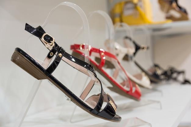 Schoenen in de winkel