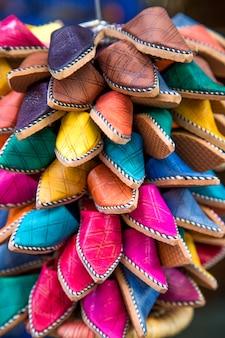 Schoenen op de marokkaanse markt