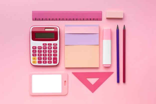 Schoolbenodigdheden arrangement boven weergave