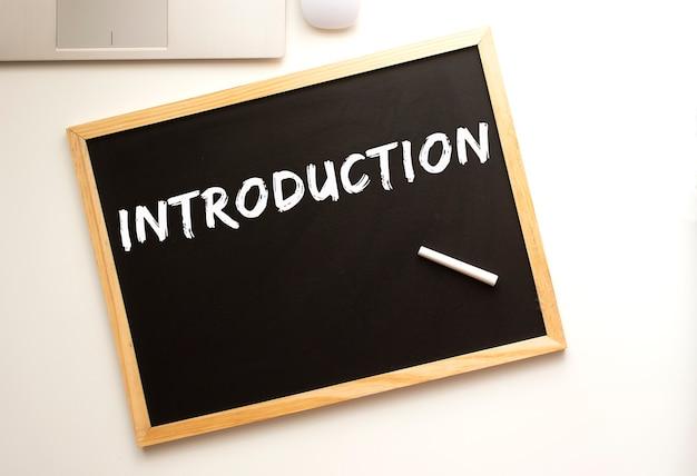 Schoolbord met introductiebericht