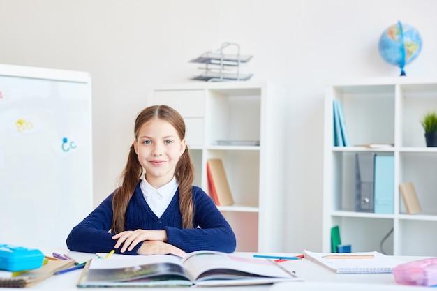 Schoolmeisje per werkplek