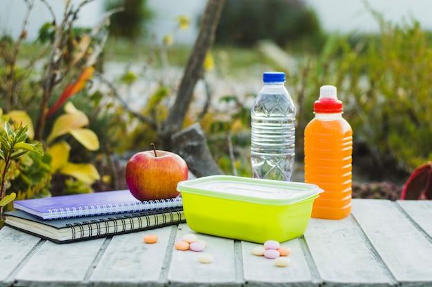Schoolpakket lunch en notitieblokken
