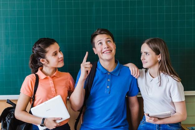 Schoolpartners en het schoolbord