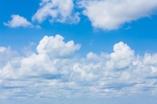 Schoonheid blauwe lucht