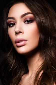 Schoonheid fashion model vrouw met lichte make-up