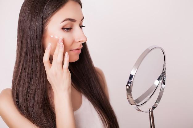 Schoonheid, huidverzorging en mensenconcept