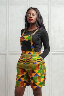 Schoonheid jonge afro amerikaanse vrouw