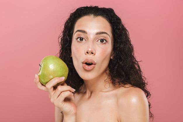 Schoonheid portret van een vrolijke jonge topless vrouw