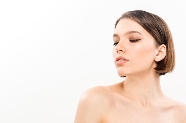 Schoonheidsportret van een half naakte vrouw