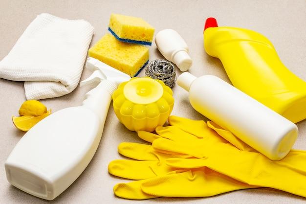 Schoonmaakmiddelen voor huizen