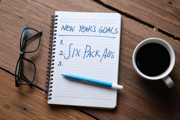 Schrijven en voorbereiden voor goede voornemens voor het nieuwe jaar 2021