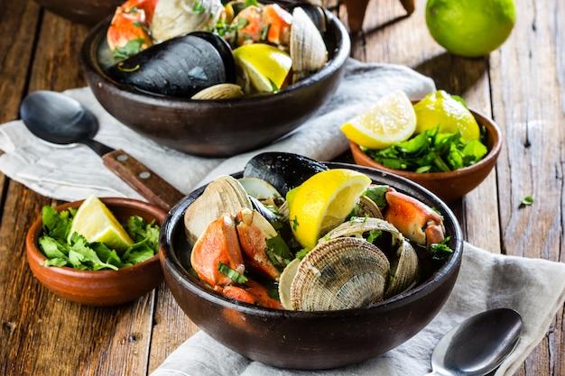 Seafood mosselen krabben mosselen soep