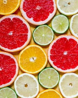Segmenten van verschillende citrusvruchten