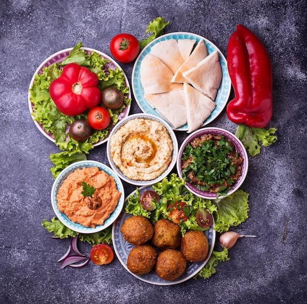 Selectie van midden-oosterse of arabische gerechten.