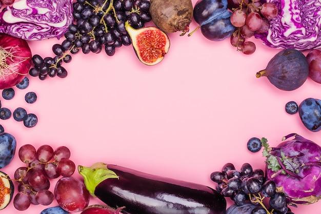Selectie van paars voedsel