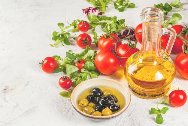 Selectie van producten voor salade