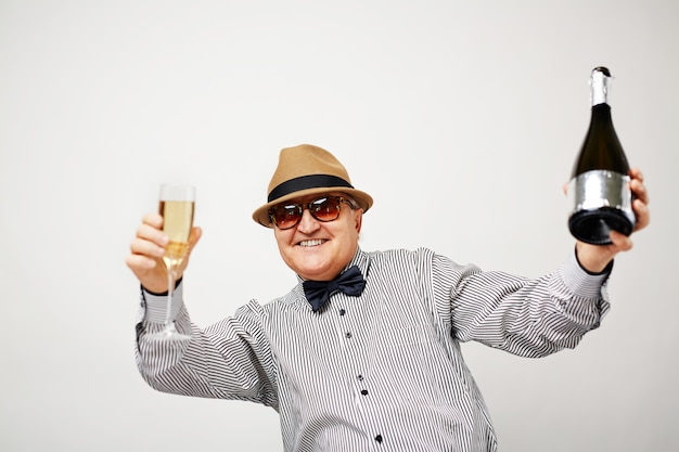 Senior man plezier