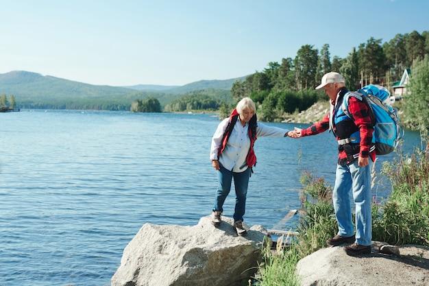 Senioren wandelen