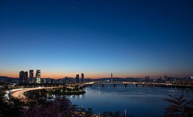 Seoul city sunrise en han rivier zuid-korea