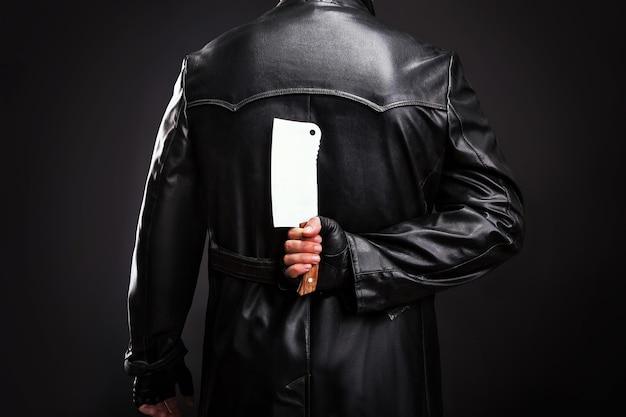 Seriemoordenaar met een hakmes achter de rug