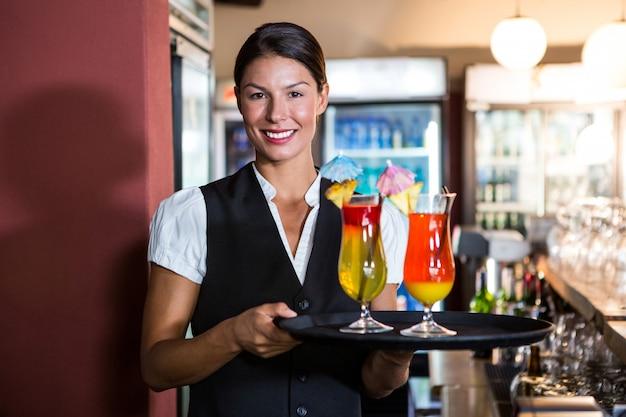 Serveerster bedrijf cocktails