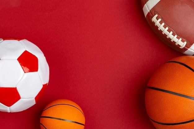 Set ballen voor voetbal, basketbal en rugby