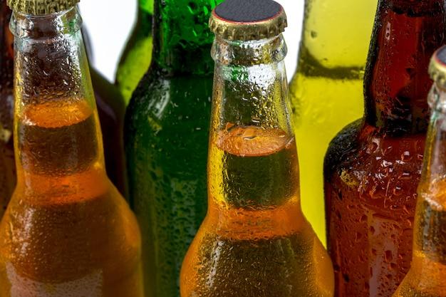 Set van bierflesjes geïsoleerd