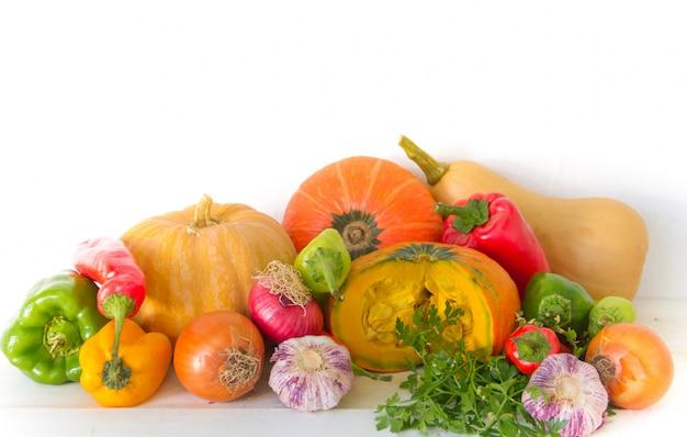 Set van gevarieerde vegetales van de biologische tuin