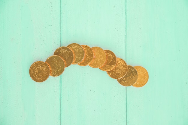 Set van gouden munten aan boord