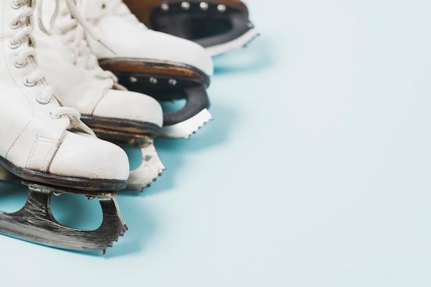 Set van ijs-of rolschaatsen
