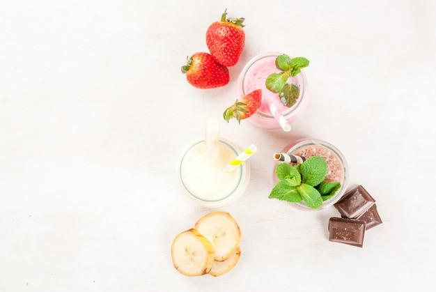 Set van klassieke milkshakes in kleine potten