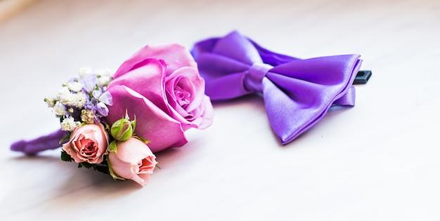Set van stijlvolle mode kleding en accessoires voor heren close-up