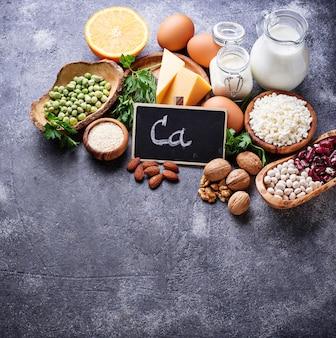 Set van voedsel dat rijk is aan calcium.