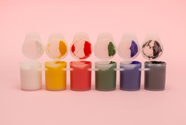 Set verf in dozen met aquarellen