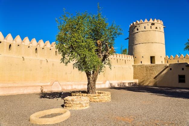 Sheikh sultan bin zayed al nahyan fort in al ain - verenigde arabische emiraten