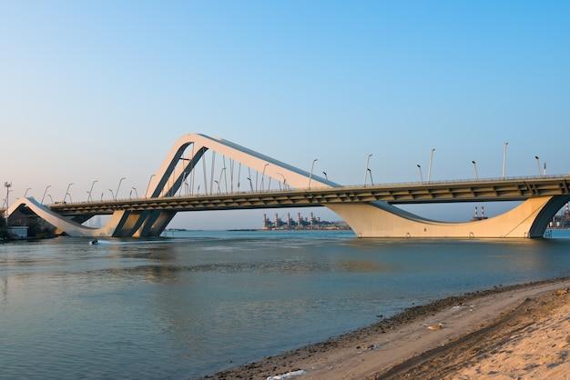 Sheikh zayed bridge, abu dhabi, verenigde arabische emiraten