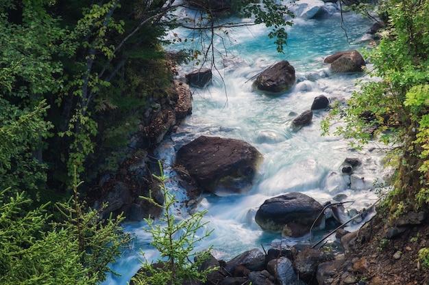 Shirahige-waterval in biei