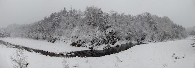 Shirakawa gaat sneeuwseizoen japan