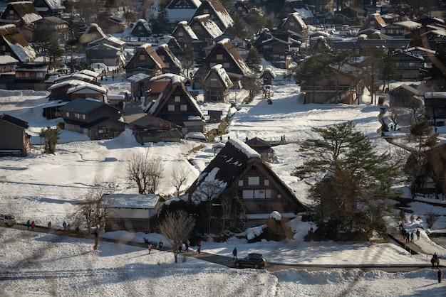 Shirakawago verlicht met sneeuwval gifu chubu japan
