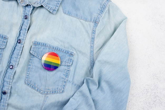 Shirt met hartjes badge