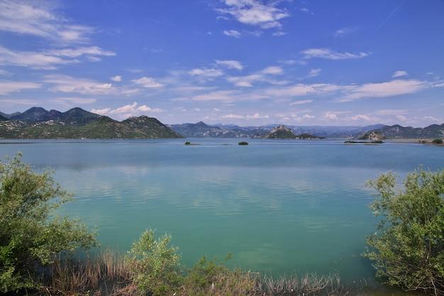 Shkodra-meer in balkan, montenegro