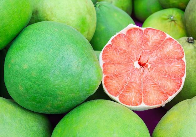 Siam robijn pomelo fruit, de ruby van siam is een grapefruitfamilie