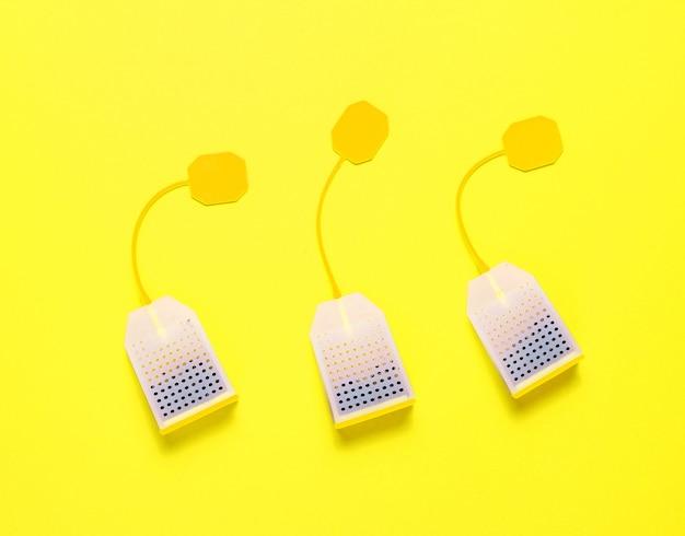 Siliconen theezakjes geïsoleerd als minimalistisch concept